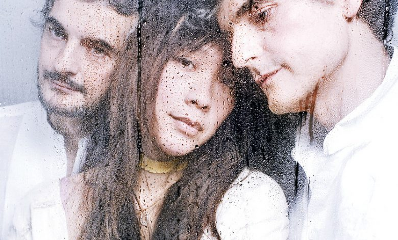Photo of Blonde Redhead – Futurism vs. Passéism