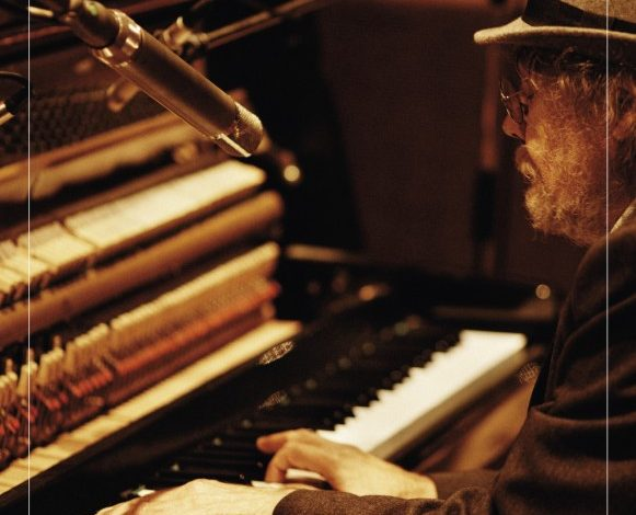 Photo of Bill Fay – Who is the sender ?