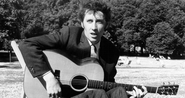 LONDON - Circa 1969: Photo of Scottish guitarist Bert Jansch (1943-2011) from folk band Pentangle posed in a London park circa 1969.(Photo by David Redfern/Redferns)
