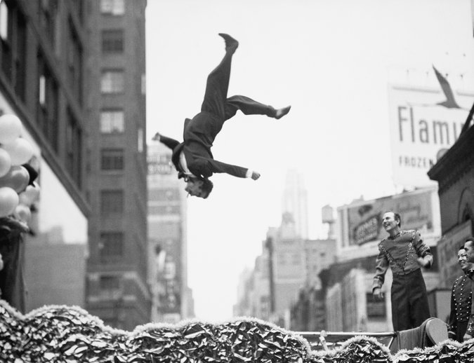 """New York, 1950s,"" by Garry Winogrand. Credit The Estate of Garry Winogrand, courtesy Fraenkel Gallery, San Francisco"