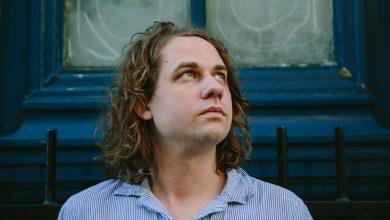 Photo of «Je n'ai plus peur de prendre une direction musicale différente» : Kevin Morby – Interview