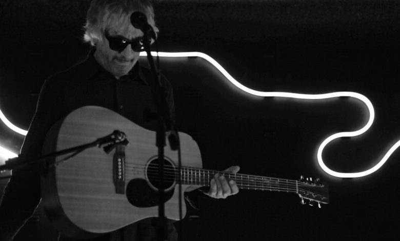 Photo of Lee Ranaldo – « Electric Trim » : Classicisme Sinueux et Acoustique Sonique