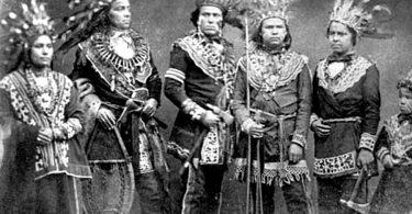 Public Domain - 1800's Ojibwa men