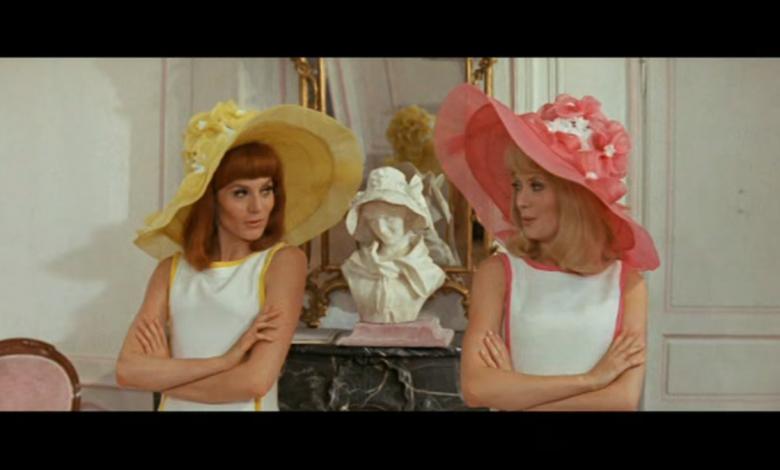 Photo of 8 Mars : 1967, sortie de la comédie musicale «Les Demoiselles de Rochefort»