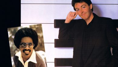 Photo de 29 mars : 1982, sortie du single « Ebony And Ivory » de Paul Mc Cartney et Stevie Wonder