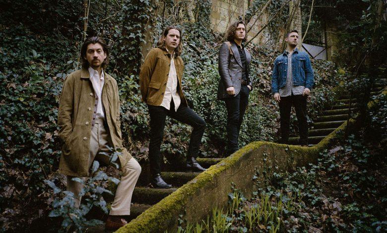 Photo of Arctic Monkeys, Singerie Fine