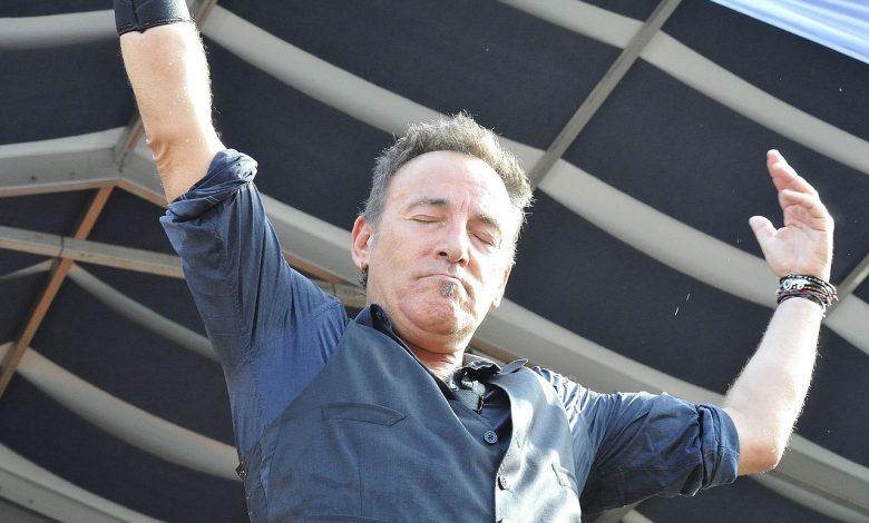 Photo de [ ♪ Jour de Reprise ♪ ] The Ghost of Tom Joad de Bruce Springsteen par Rage Against The Machine