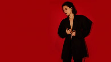 Photo of Anna Calvi, Hunter ou l'artiste en Diane chasseresse