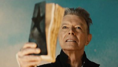 Photo de 19 novembre : 2015, sortie du single « Blackstar » de David Bowie