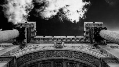 Photo of Hervé Le Corre, «Dans l'ombre du brasier» : le romanesque, l'histoire et la conscience