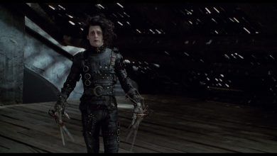Photo de 10 avril : 1991, sortie de « Edward aux mains d'argent » de Tim Burton