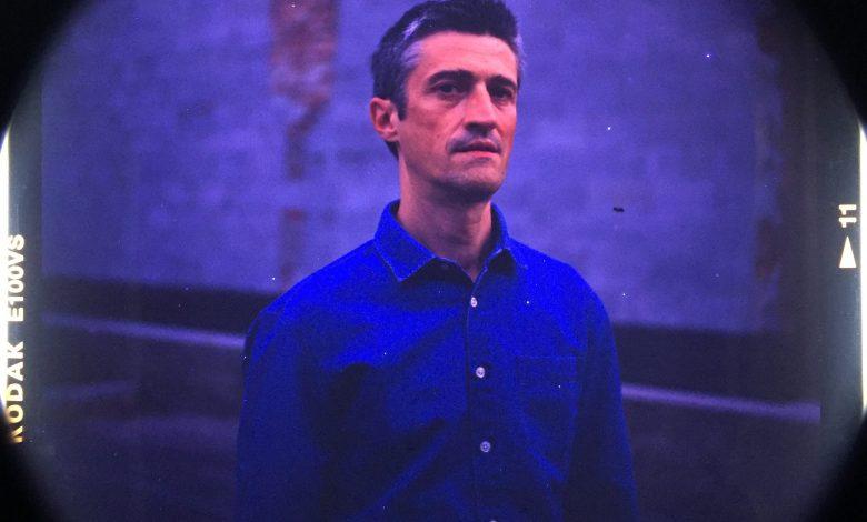 Photo of Jérôme Minière, visite en clair-obscur d'Une Clairière